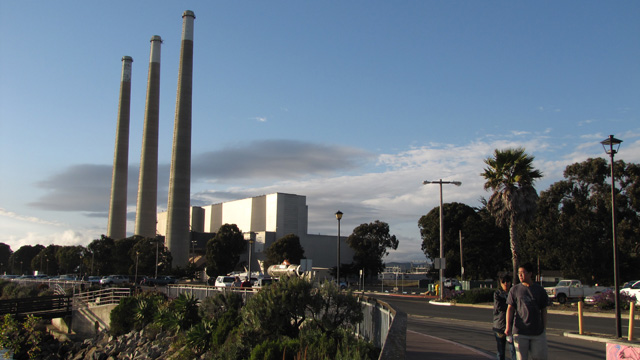 A natural gas-fired power plant in Morro Bay, on California's Central Coast. (Craig Miller)