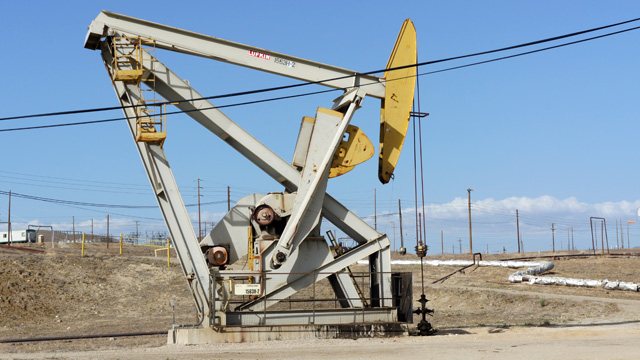 California's New Fracking Regulations Delayed Half a Year