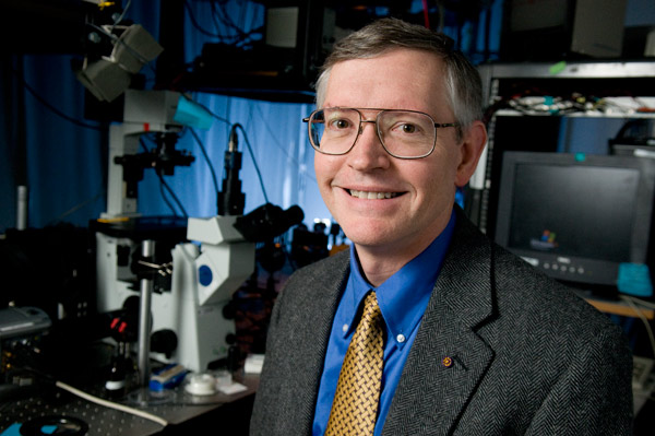 Stanford professor W.E. Moerner has been awarded the 2014 Nobel Prize in Chemistry. (L.A. Cicero/Stanford)