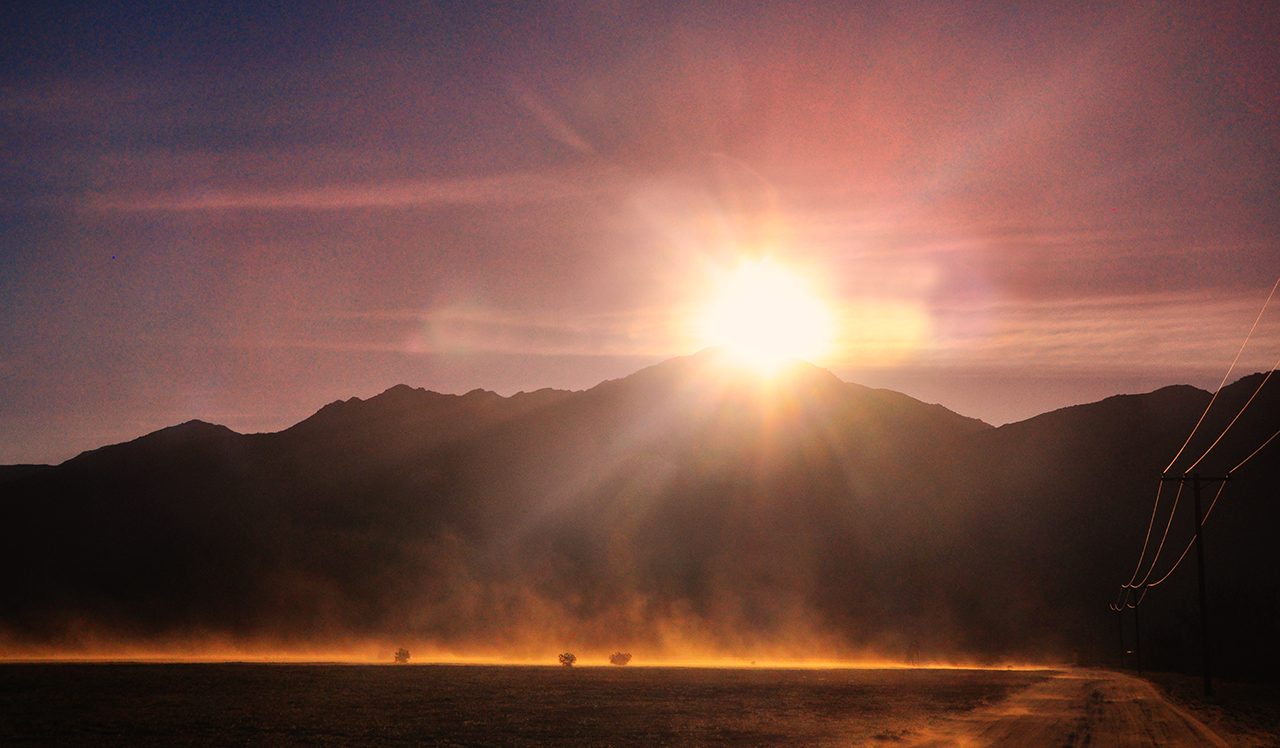 Sun and wind bear down on a spot near Borrego Springs. (Bill Gracey/flickr)