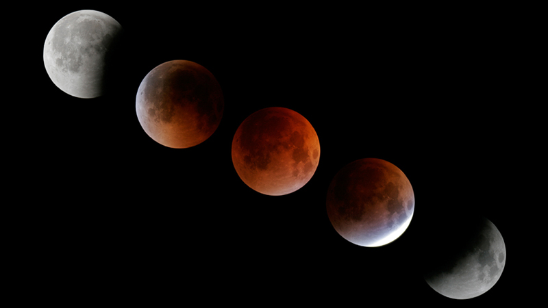 Total Lunar Eclipse of August 28, 2007. (Conrad Jung/Chabot Space & Science Center)