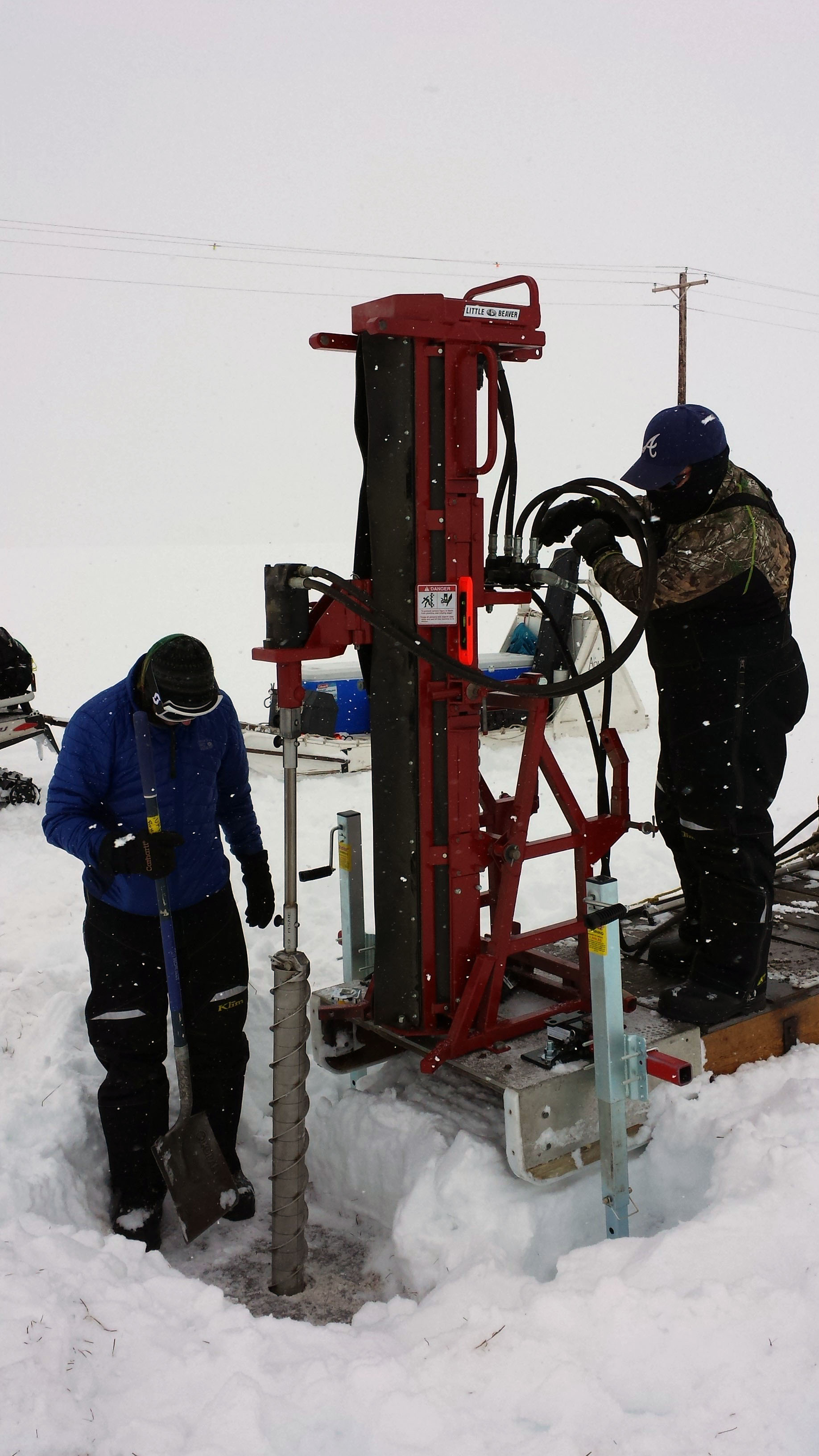 Drilling permafrost cores in Barrow, AK. Photo: Craig Ulrich/LBNL