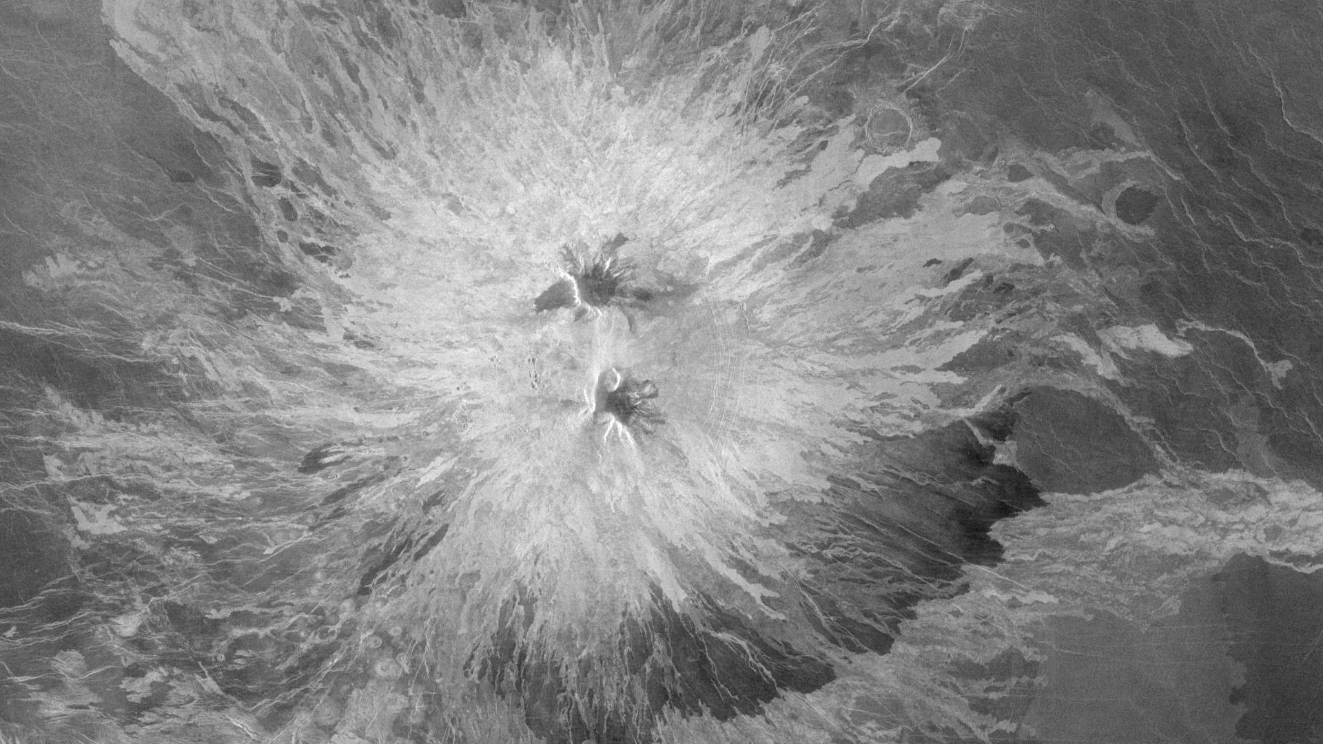 Sapas Mons volcano, Venus