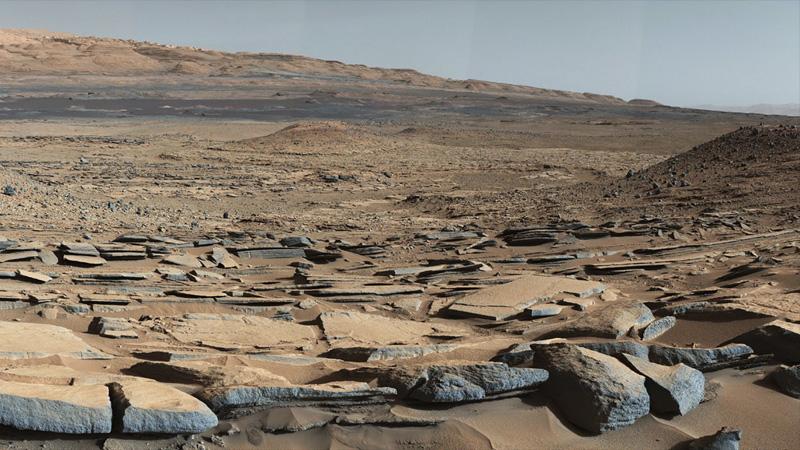 Ancient Lake on Mars Tells a Story