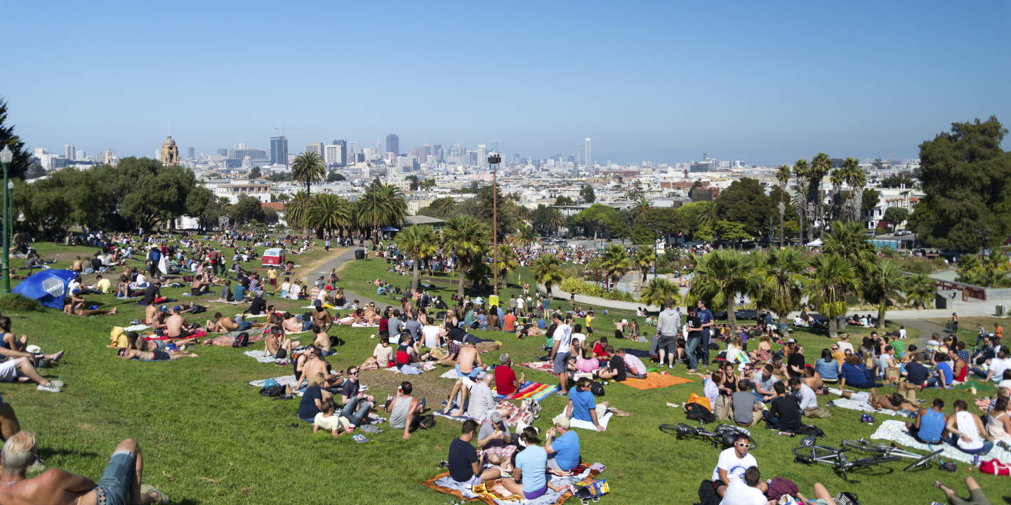During sunny days in the Mission, San Francisco residents flock to Dolores Park. Meetup