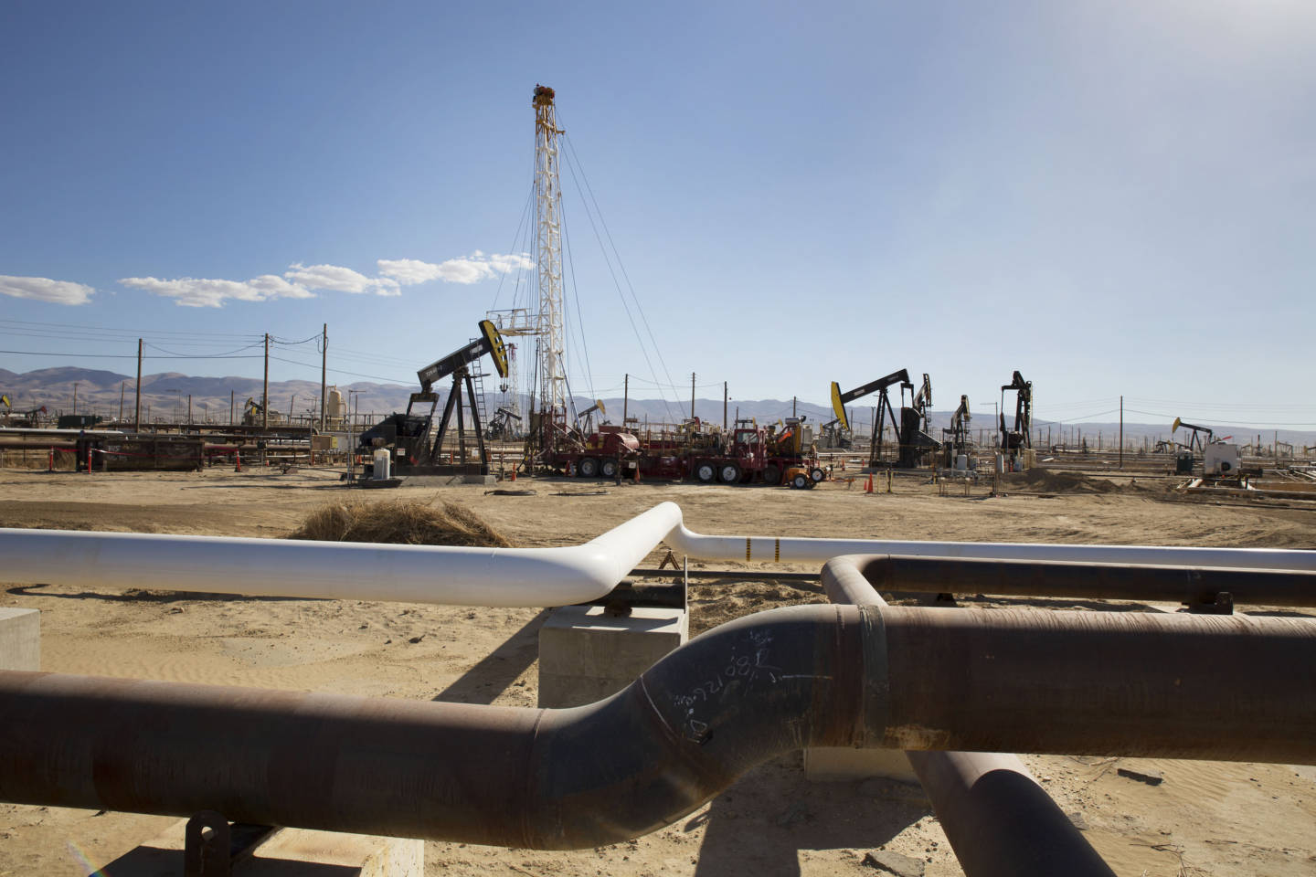 Fracking Hits Milestone as Natural Gas Use Rises in U.S.