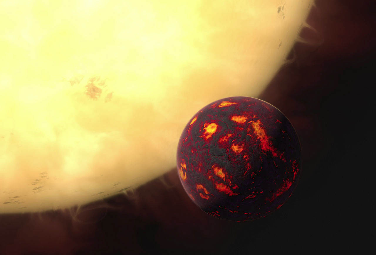 Artist concept of the super-Earth 55 Cancri e, which is about 25 times closer to its star than Mercury is from our sun.