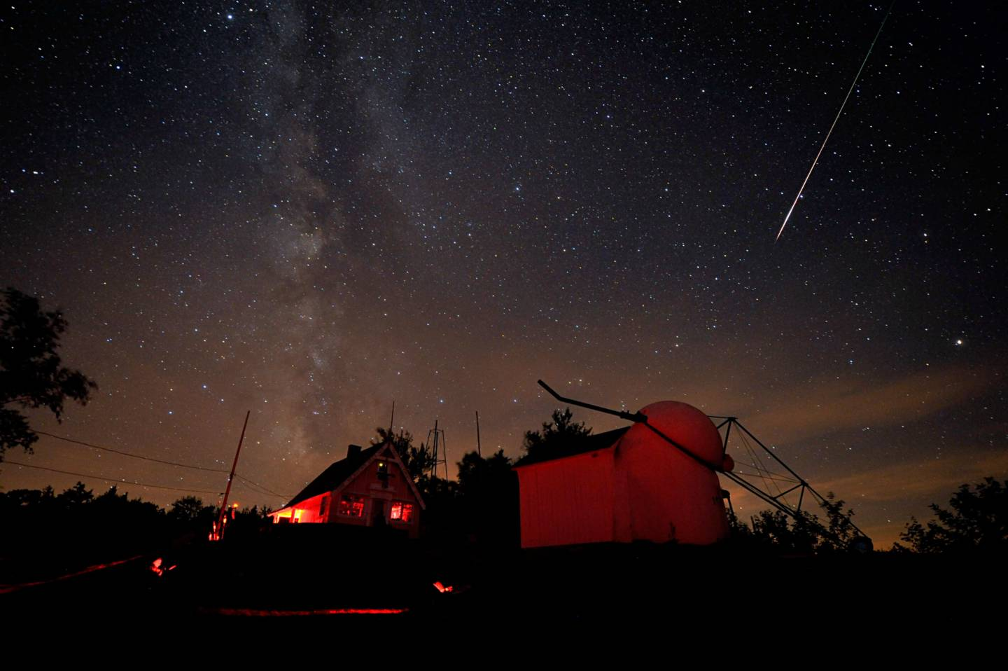 when where and how to watch tonight u0027s spectacular perseid meteor