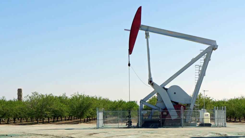 california says oil companies can keep dumping wastewater during state review kqed science