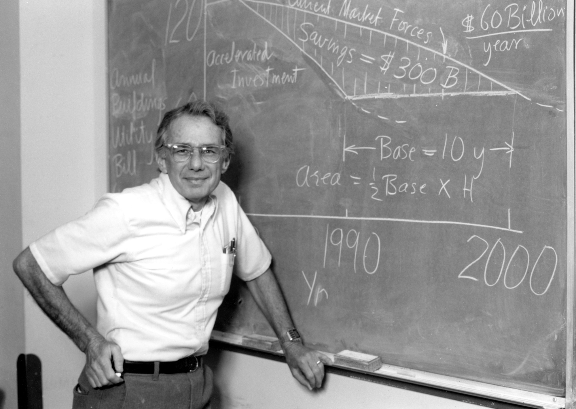 Art Rosenfeld at the chalkboard, at Lawrence Berkeley National Lab.