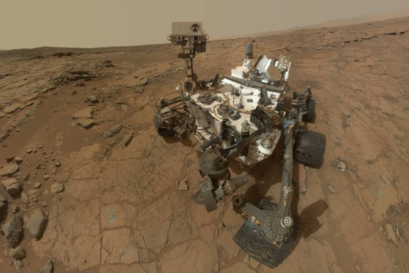 "Curiosity ""selfie"" taken at the site ""John Klein"" in Mars' Gale Crater."