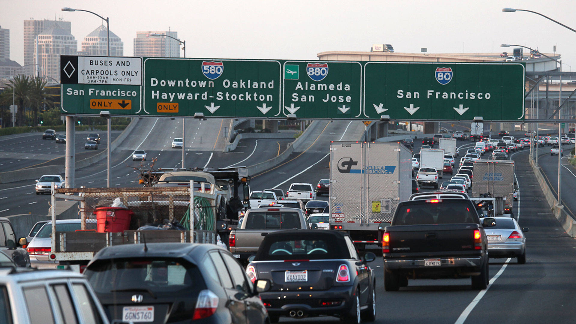 California Lawmakers Allow Clean Cars To Stay In Carpool Lanes Kqed Science