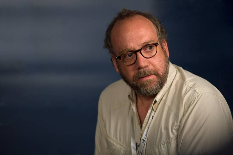 Paul Giamatti as a seismologist in San Andreas