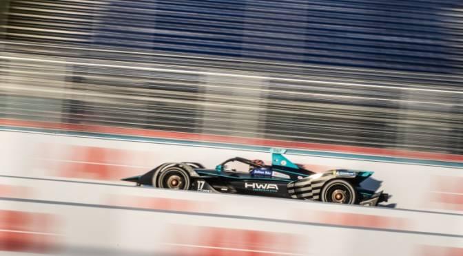 Electric Car Racing Targets Tech-Savvy Millennials