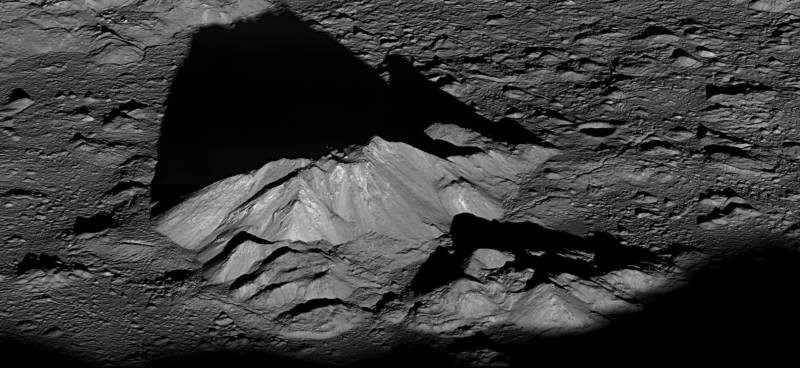 Picture of the central peak of moon's Tycho Crater, taken by NASA's Lunar Reconnaissance Orbiter.