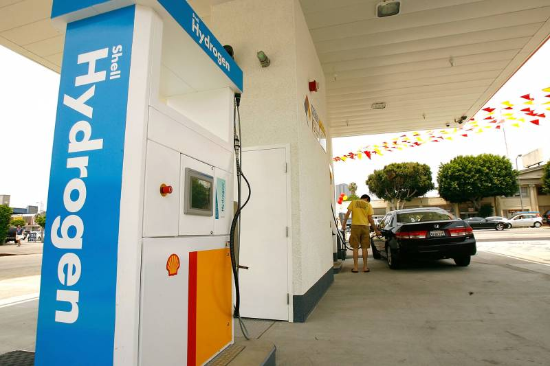 Proponents See Hope For California's 'Hydrogen Highway' in 2020