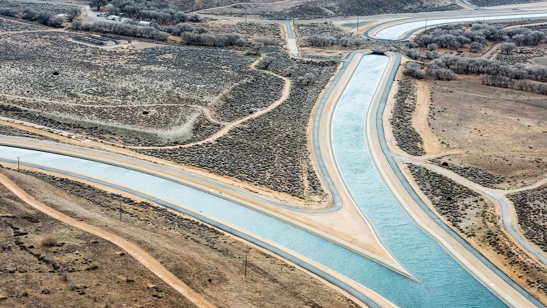 Under a presidential memo, federal biologists are under unprecedented time pressure to make key water decisions that control how much flows through the California Aqueduct. Florence Low / California Department of Water Resources