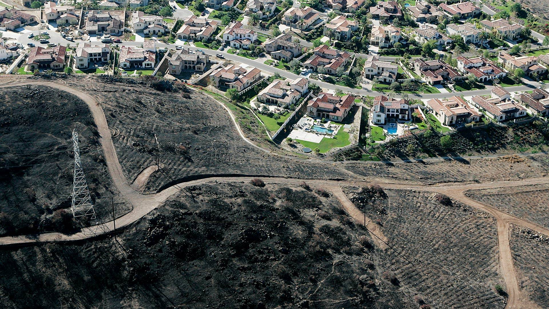 The 2007 Witch Fire burned right up to The Crosby neighborhood at Rancho Santa Fe, but not a single house was ignited. Don Barletti/Los Angeles Times via Getty Images
