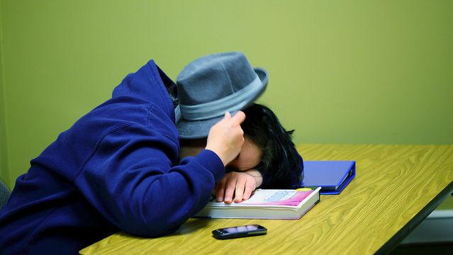sleeping-student-2-639x360