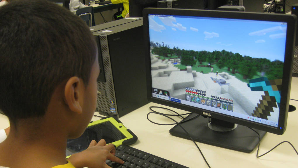 How Minecraft Teaches 5th Graders Video Game Design | KQED