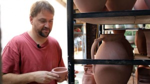 Science on the SPOT: The Science of Salt Glaze Pottery