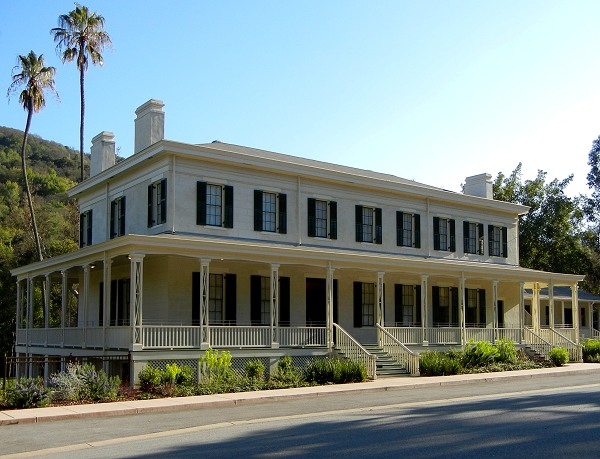 The Casa Grande has rooms full of period furnishings as well as the Quicksilver Mining Museum.