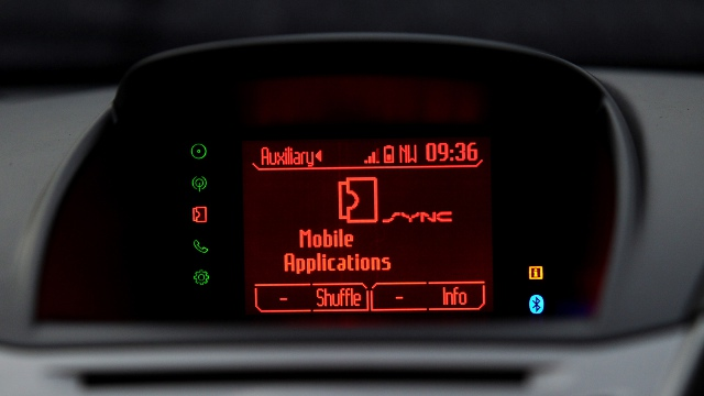 Internet in Cars: From the Desktop to the Dashboard | Clean Car