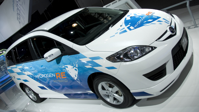 Mazda unveiled their Mazda5 Hydrogen RE Hybrid Sky concept in 2010. Image: Flickr user Dave Pinter