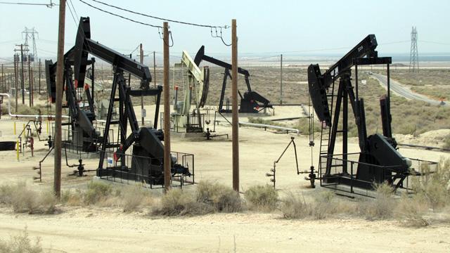 California Prepares First Fracking Regulations, Joining Nationwide Debate