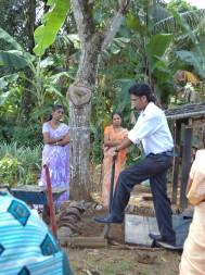 Teaching community gardeners in Sri Lanka about biointensive growing methods. Image courtesy of Sanjana Silva