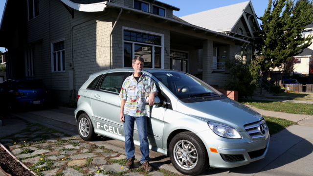 Bill Holloway, a 62 year-old resident of Alameda, California, thinks his Mercedes hydrogen fuel cell car is the best city car he has ever owned. Photo by Sheraz Sadiq / KQED Science