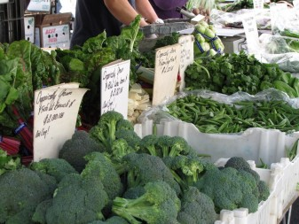 Buying produce at farmers' markets helps support local economies and build community. (Craig Miller/KQED)