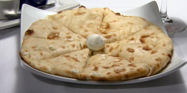 Roti Indian Bistro: Restaurant Info