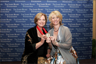Tina Salter and Leslie Sbrocco receive 2007 James Beard Media Award for Best Local Television Show