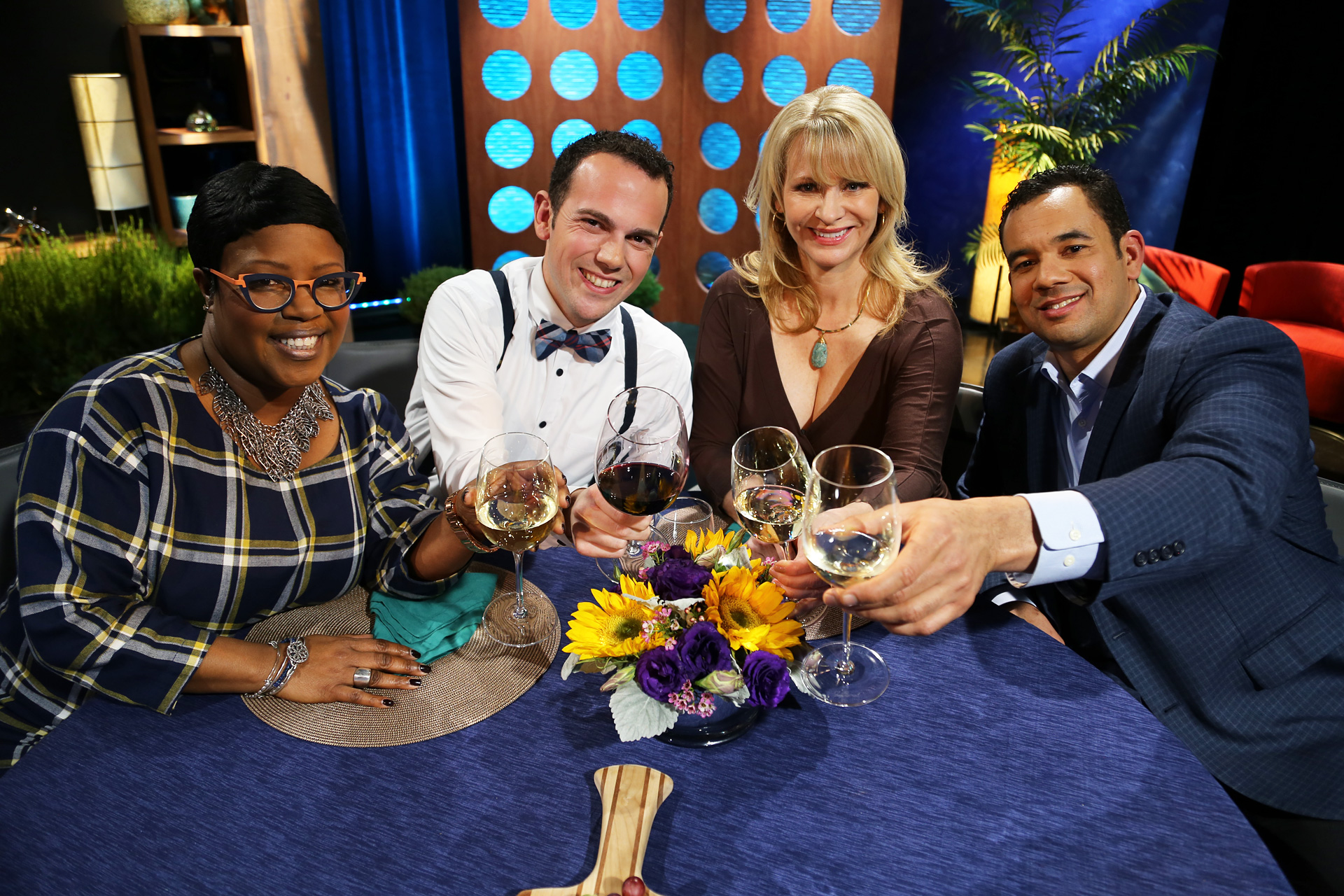 Host Leslie Sbrocco and guests on the set of the episode 2 of season 11.