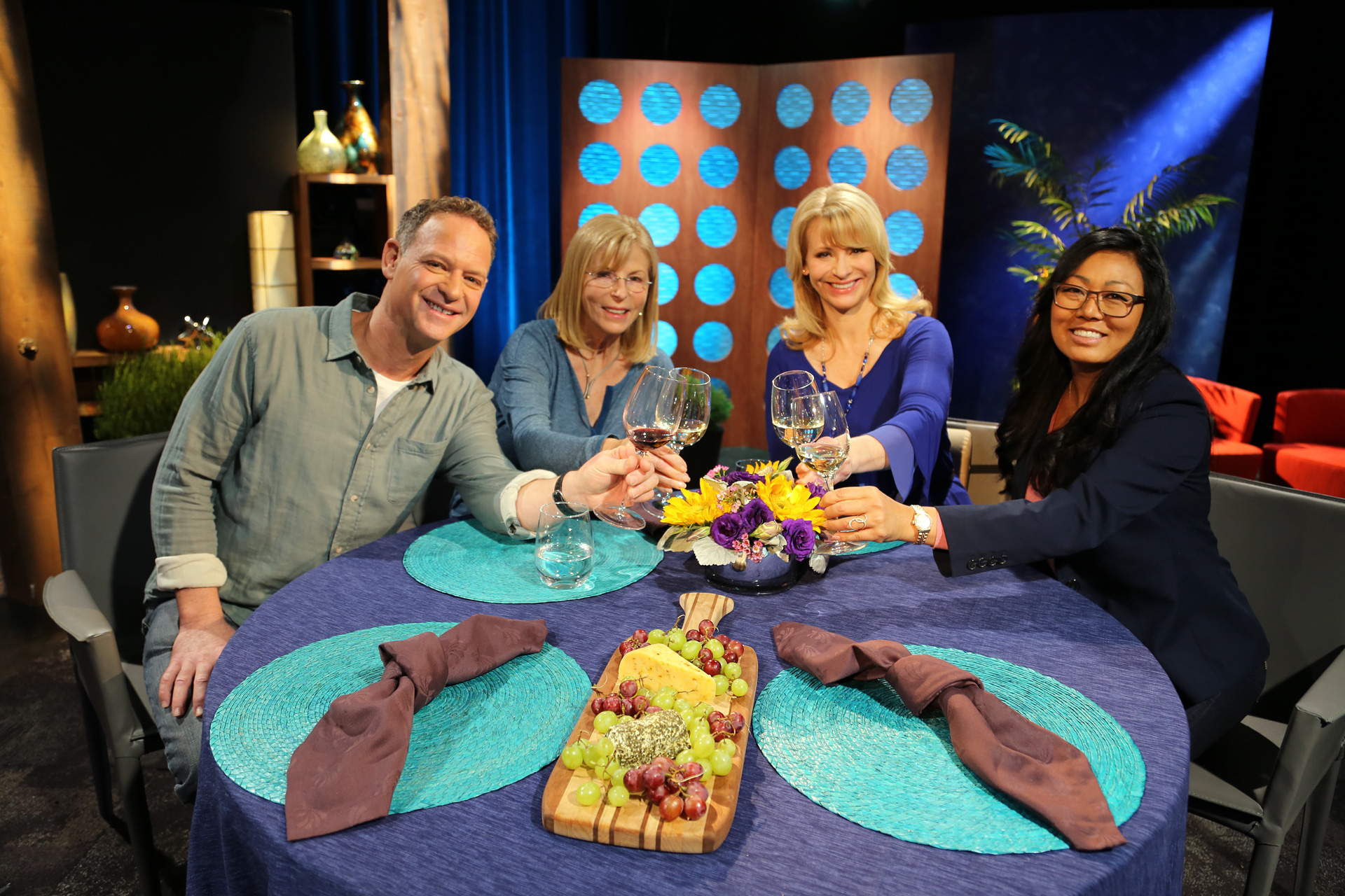 Host Leslie Sbrocco and guests on the set of the episode 3 of season 11.