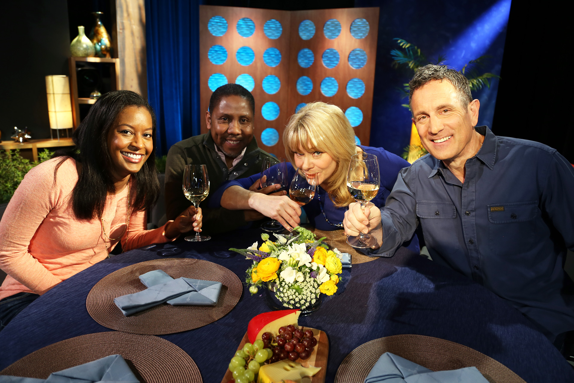 Host Leslie Sbrocco and guests on the set of the episode 6 of season 11.