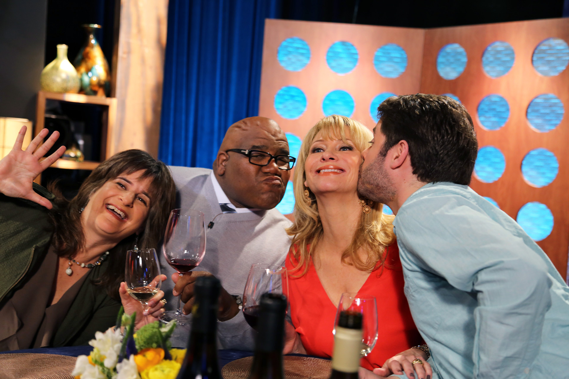 Host Leslie Sbrocco and guests on the set of the episode 5 of season 11.