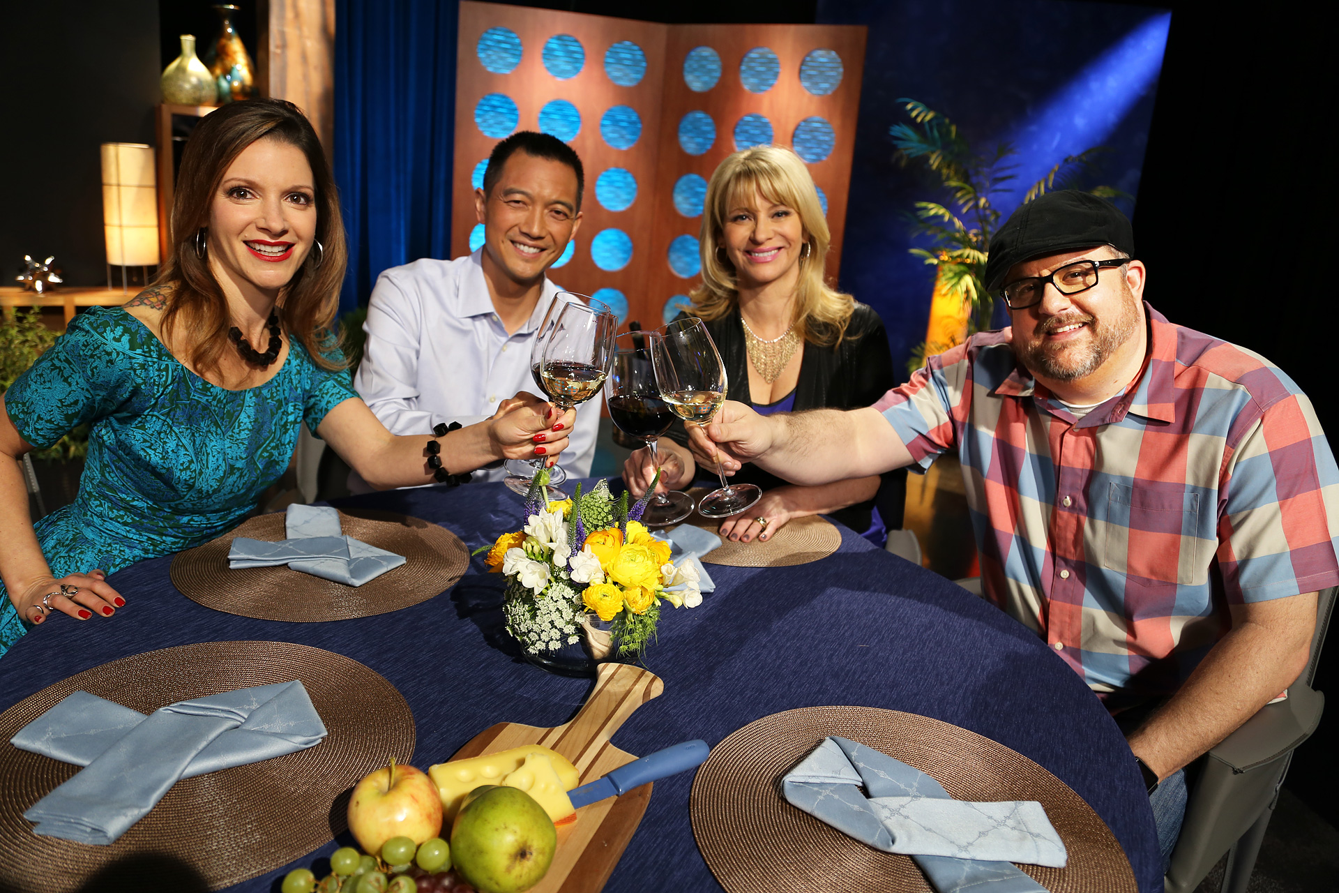 Host Leslie Sbrocco and guests having fun on the set of the episode 9 of season 11.