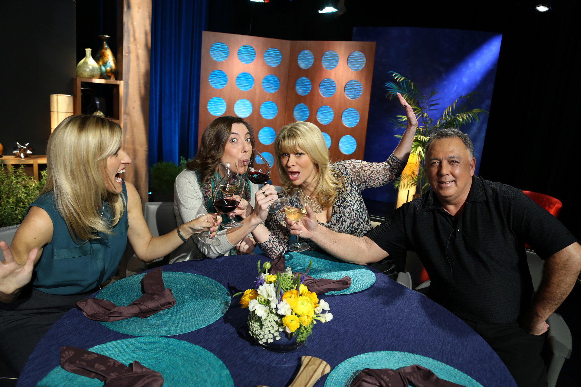 Host Leslie Sbrocco and guests having fun on the set of the episode 10 of season 11.