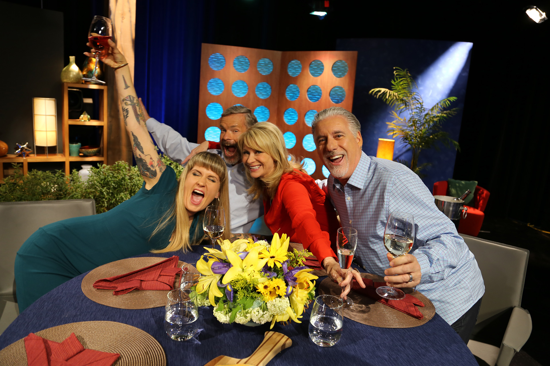 Host Leslie Sbrocco and guests having fun on the set of the episode 11 of season 11.