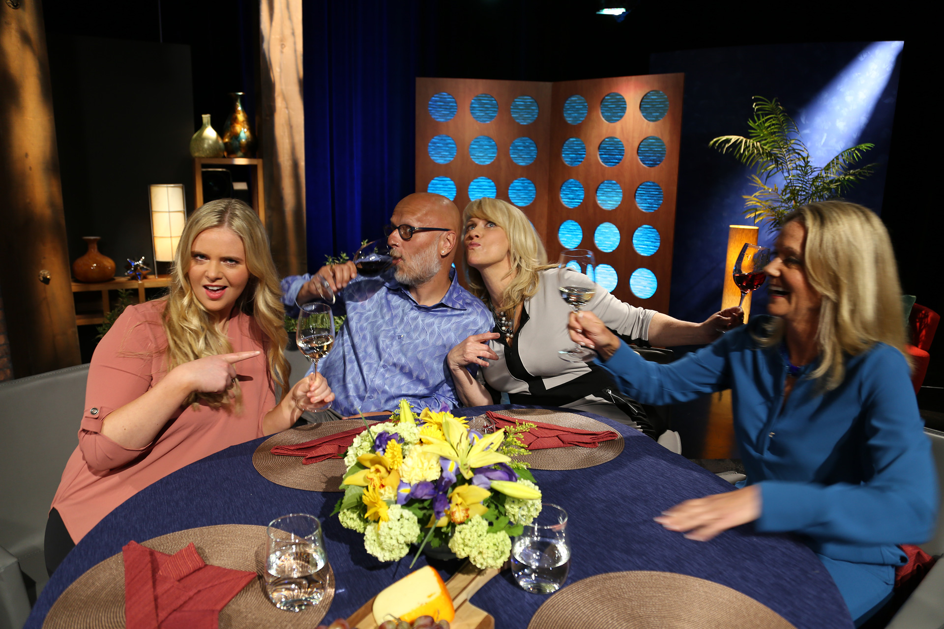 Host Leslie Sbrocco and guests having fun on the set of the episode 12 of season 11.