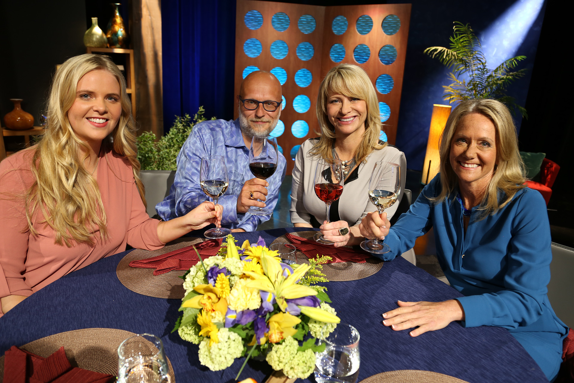 Host Leslie Sbrocco and guests on the set of the episode 12 of season 11.