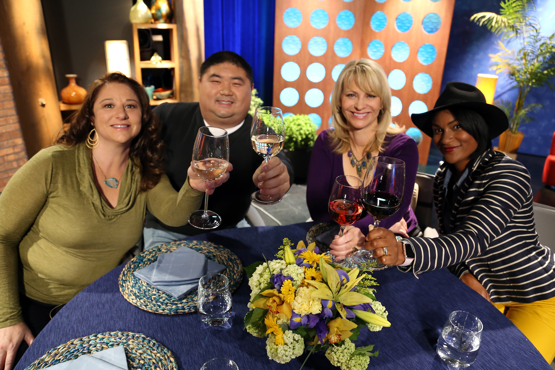 Host Leslie Sbrocco and guests on the set of the episode 15 of season 11.