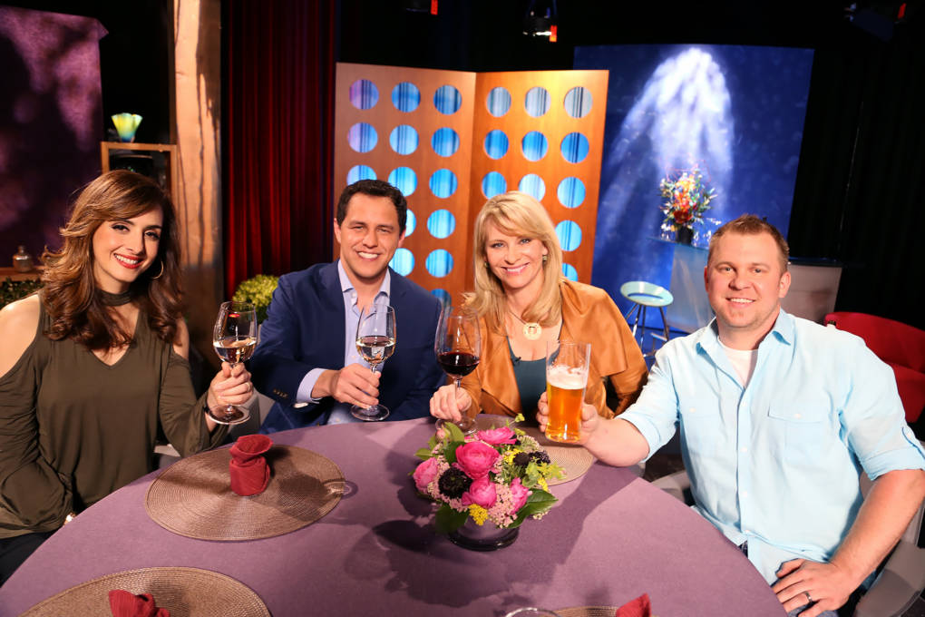 Host Leslie Sbrocco and guests on the set of season 12 episode 16.