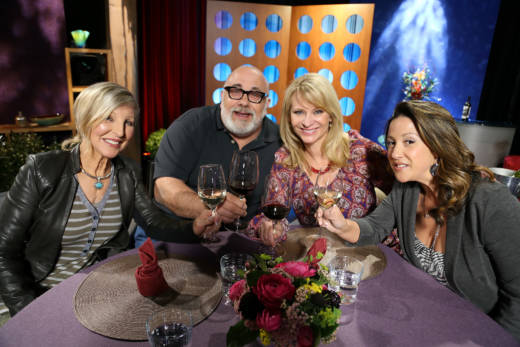 Host Leslie Sbrocco and guests on the set of season 12 episode 18.