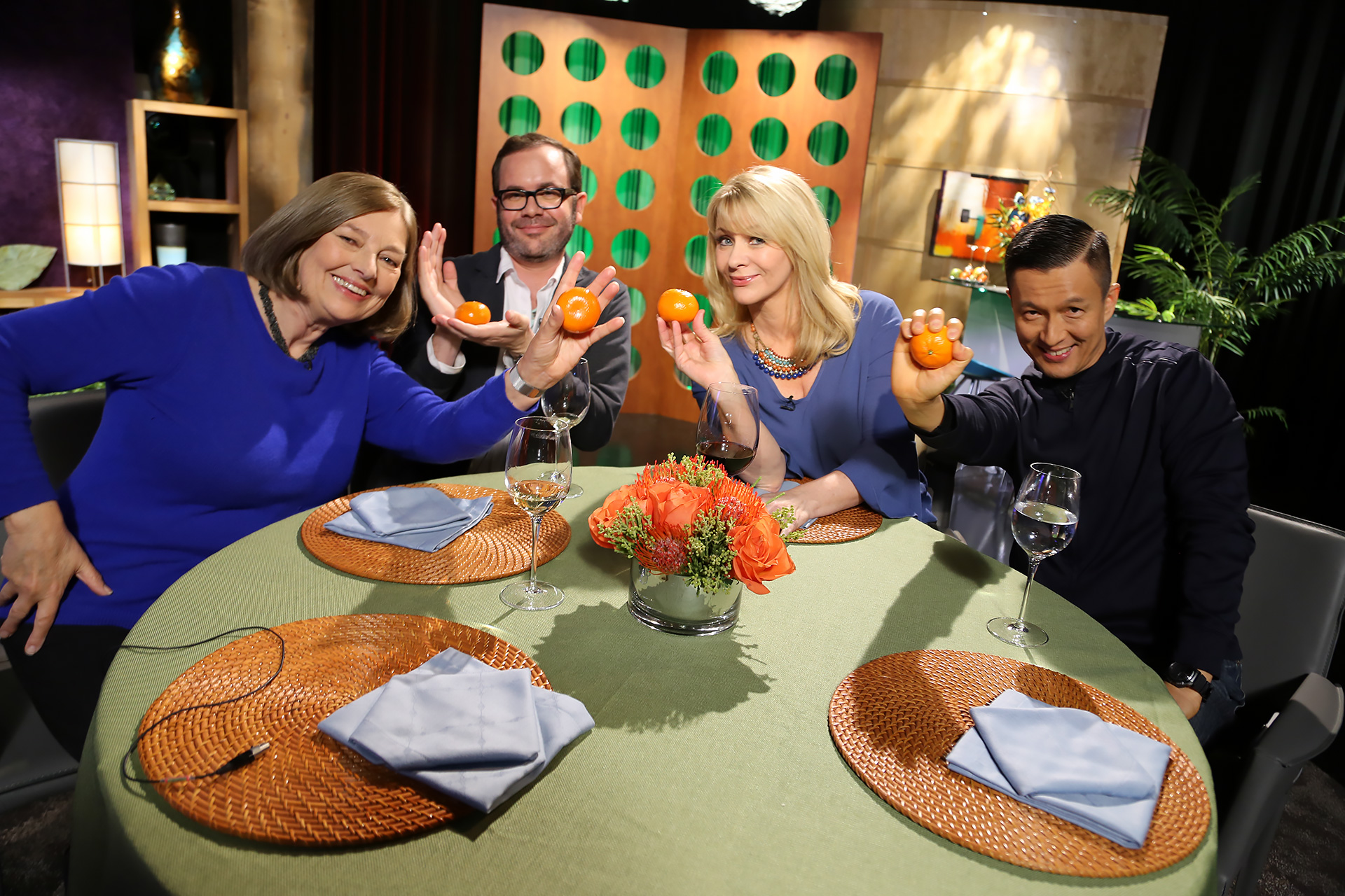 Host Leslie Sbrocco and guests having fun on the set of season 13 episode 4.