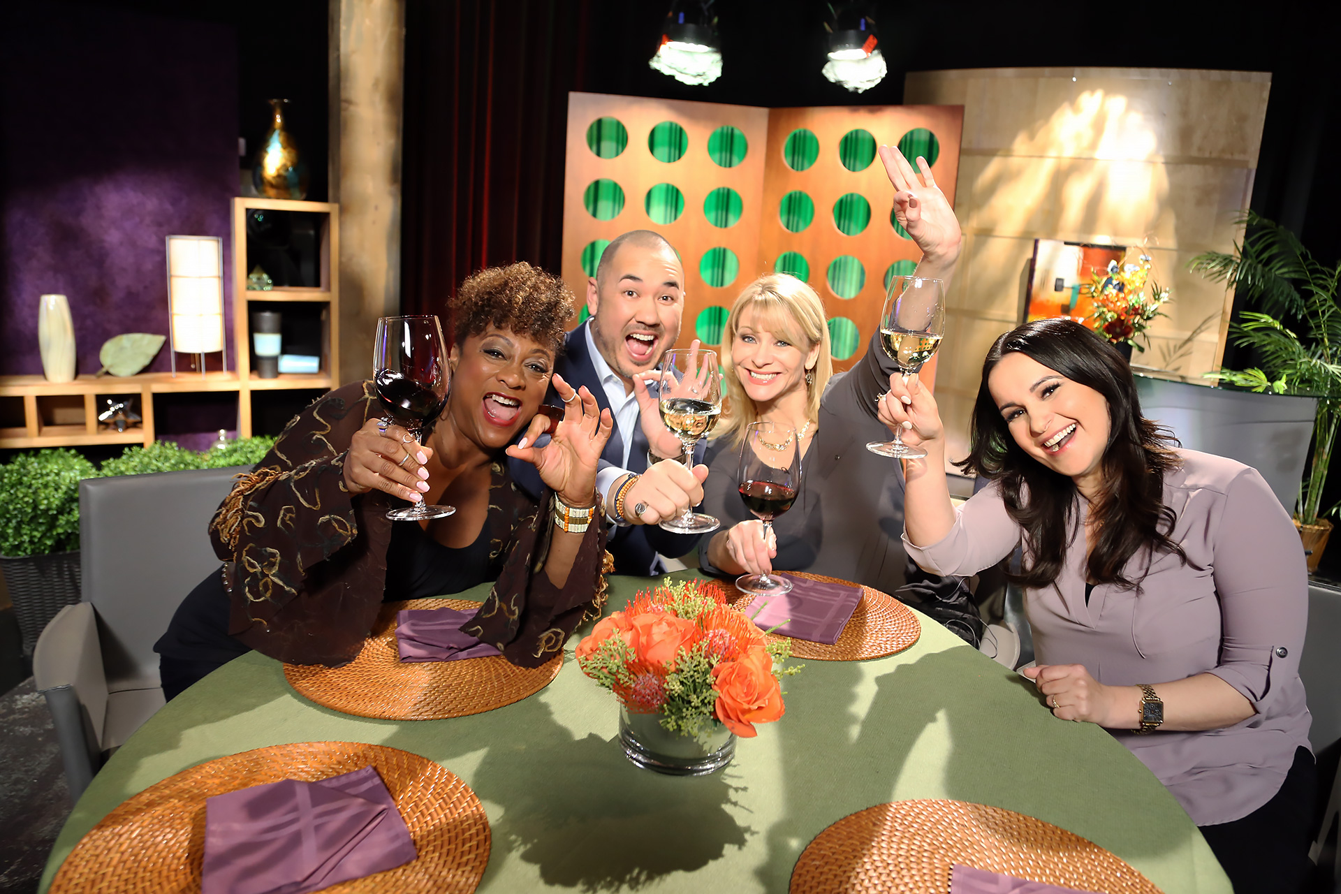 Host Leslie Sbrocco and guests having fun on the set of season 13 episode 5.