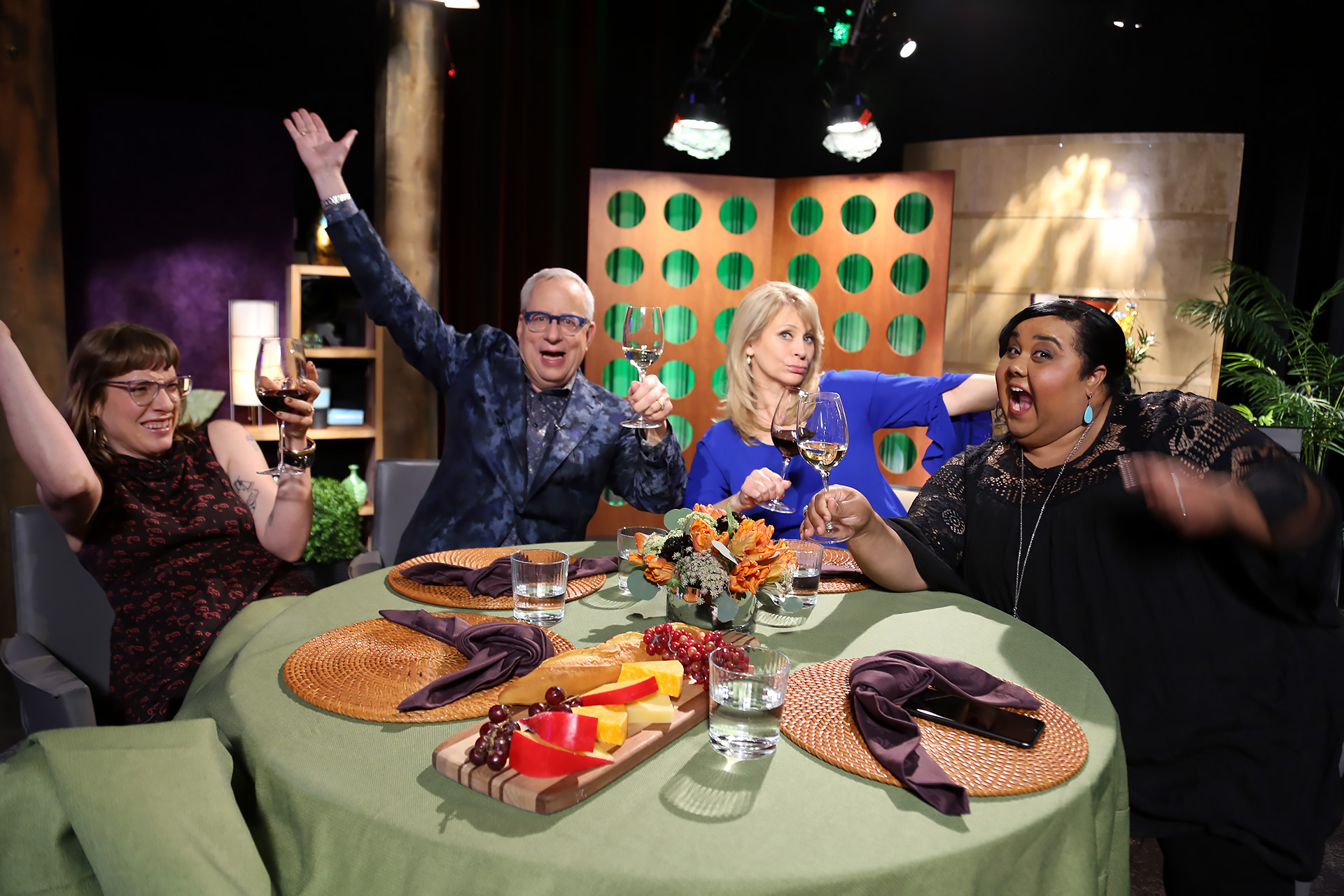 Host Leslie Sbrocco and guests having fun on the set of season 13 episode 6.