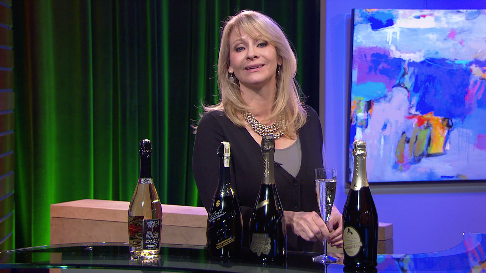 Check, Please! Bay Area host Leslie Sbrocco shares a hot new trend: Prosecco.